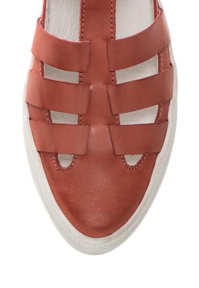 Zee Lane Pantofi rosu stins de piele cu bareta in forma de T Femei