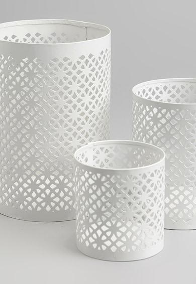 AMADEUS Set alb de suporturi pentru lumanare cu perforatii - 3 piese Femei