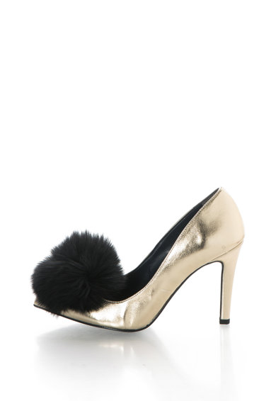 Zee Lane Pantofi cu varf ascutit si aplicatie de blana sintetica Anne Femei